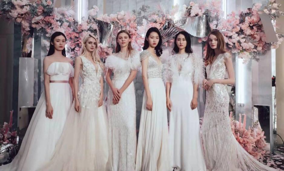 罗卡芙婚典系列与上海新天地朗廷酒店 CELEBRATE乐庆婚礼秀浪漫上演